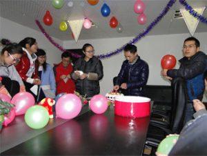 工人的生日,2015 2